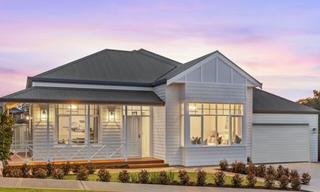 Have you decided you're ready to build your dream home?  Visit one of our display homes this weekend and get started!  Open from 1pm-5pm Saturday and Sunday, check out the website for all the details.  See you on the weekend!